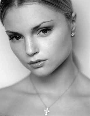 Minka Justyna Mazur MD (*)